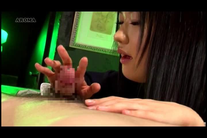黒髪清楚系ロリ女子○生のドエロい手コキ抜き動画がマジヤバいwwwwww