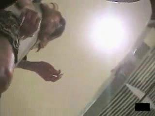 パンチラ盗撮!バックでガン突きしたくなるアパレル店員達のエロ尻(やっぱり!アパレル店員でしょう!vol.01)